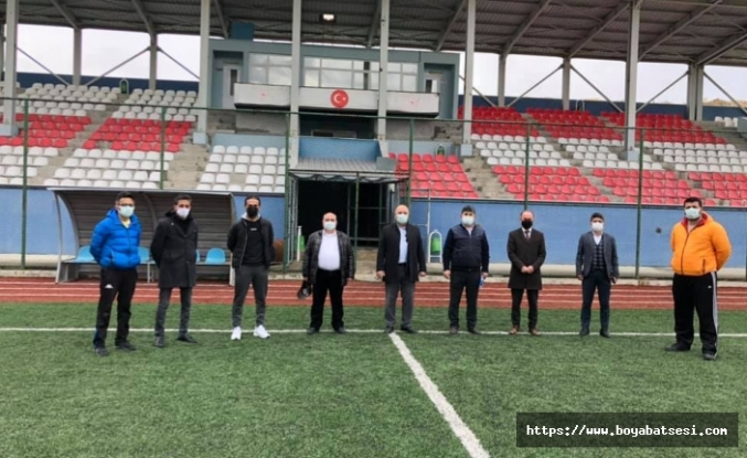 Boyabat Daylı Stadı maçlara hazırlanıyor