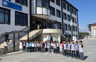 Minik Öğrenciler Okula Başladılar